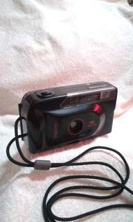 Vintage Premier PC-645D DX Focus Free Camera