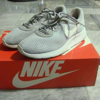 Roshe Flat Side (Gray)