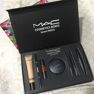 Eid Sales! MAC cosmetics 7 in 1 set