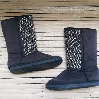 size 6 boots for ladies