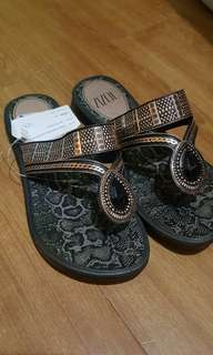 Zizou by Grendha Slippers