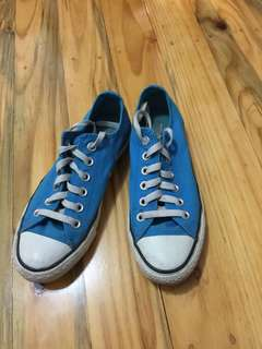 Converse Low Rise Bright Blue Sneakers