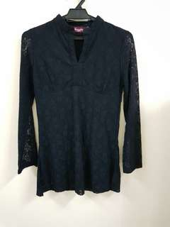 ARCADIA LACE TOP