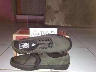 Sepatu Vans Authentic (Premium)