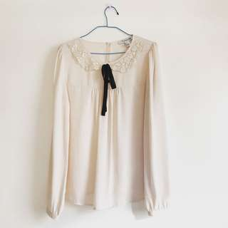 FOREVER 21 long sleeve blouse with black ribbon detail