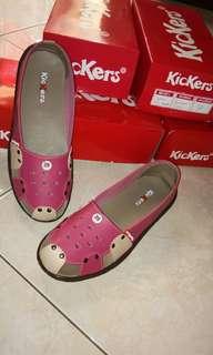 Sepatu wanita Kickers MM