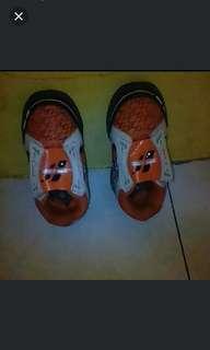 Sepatu carvil uk. 26