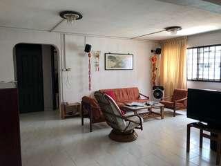 Bukit Batok 5-room HDB flat for sale