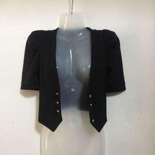 black cropped blazer/topper