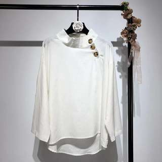 Loose Fitting beige white pullover shirt vintage loose bottoming shirt