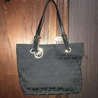Authentic Michael Kors Jetset Black Tote Bag