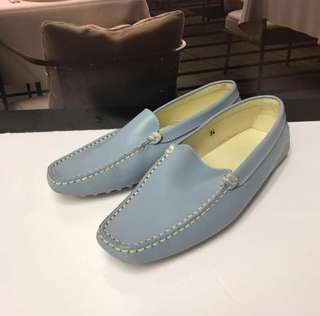 🈹TOD'S Size 34 Leather Loafer