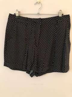 Forever new dot shorts