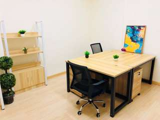 Tradehub 21 small office for rent