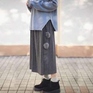 (預購) 特價限定款 日系 森林系 氣質 仿毛呢 高腰 毛球 百摺 長裙 裙子 灰 黑色 兩色