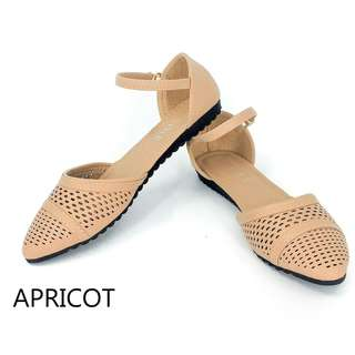Women's Strapped Doll Shoes