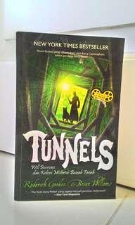 Buku New York Times Bestseller ~ TUNNEL