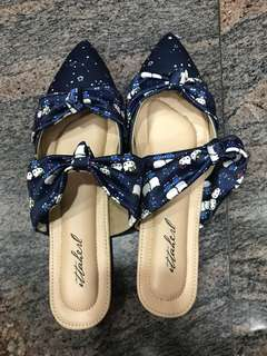 Ittaherl x Sanrio Hello Kitty Double Bow Navy Size 40