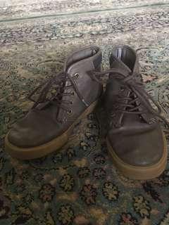 Boys Nautica boots