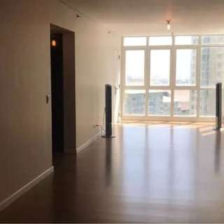 Two Serendra, 3 Bedroom for Rent, CSD30585