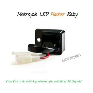 2 Pin Motorcycle Led Flashes Relay For CBR KTM YZF R1 R6 FZ-07 FZ-09 MT-10  ★Fix / Solve Fast Blinking Rate For      Led Signal Light / Bulb / Indicator   ★2 Pin Flashes Relay  SUPPORT NORMAL / LED SIGNAL BULB   INSTOCK