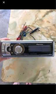 Pioneer CD player DEH-P6850MP