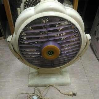 古董鯉魚牌直立電風扇/頭上~下可調,只剩前2段大風力可用
