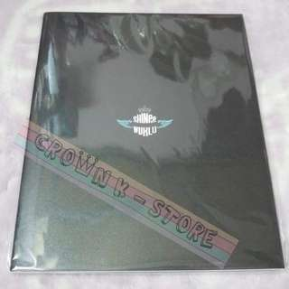 [CRAZY DEAL 80% OFF FROM ORIGINAL PRICE][READY STOCK]SHINee KOREA CONCERT SHINee WORLD 2014 OFFICIAL BROCHURE (SEALED) NO POSTER OFFICIAL ORIGINAL FROM KOREA (PRICE NOT INCLUDE POSTAGE)PLEASE READ DETAILS FOR MORE INFO