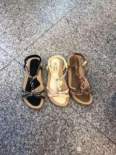 🚚 #女款平底氣墊涼鞋 👉👉3色36.37.38.39.40 $390