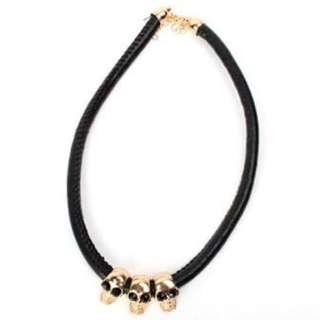Kalung Tengkorak // Skull Necklace