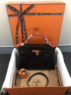 Hermes Vintage Kelly 32 Black Box Retourne Gold Hardware Shoulder Bag Authentic!