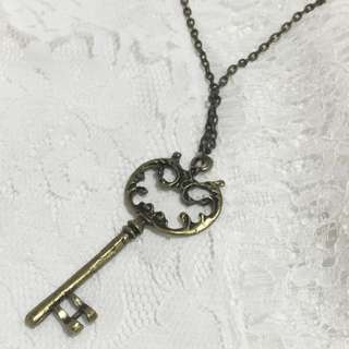 Key Necklace // Kalung