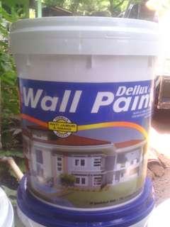 Cat pelapis dinding DELLUX WALL PAINT ISI 20kg
