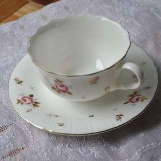 Vintage Tea set MOMOYAMA C'est Blanc Made in Japan