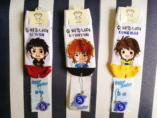 Super Junior 슈퍼주니어 Socks + Phone Charms/Bag Charms