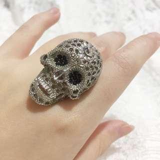 Alexander McQueen Ring // Cincin