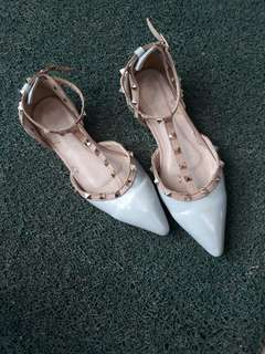 Valentino ins Studded shoes