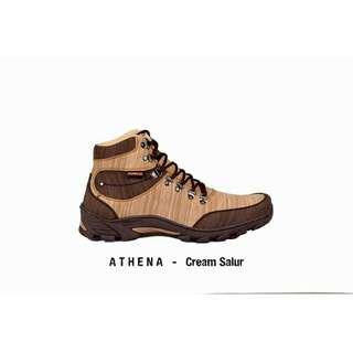 Sepatu boots anti air