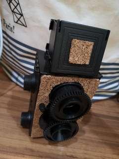 Rare Twin lens TLR Cork design