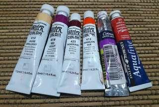 Set of artist-grade watercolor paints