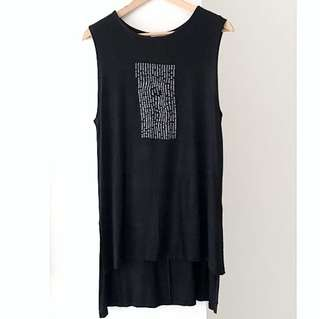 Pull & Bear Sleeveless Graphic Tee