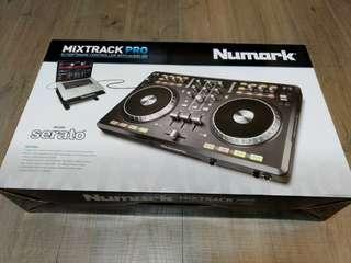 Numark Mixtrack Pro (brand NEW)