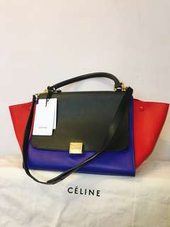100% authentic Celine trapeze medium size