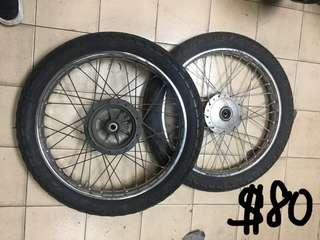 Wheelsets (front and back)