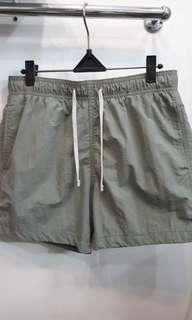 #mausupreme H&M shorts summer olive