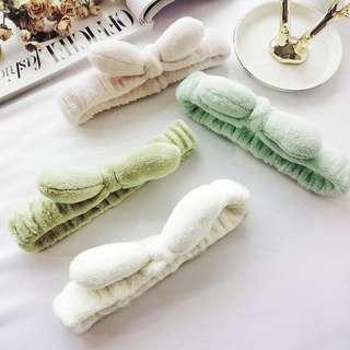 [Kai]蝶蝶飾品 毛絨兔耳朵束髮帶洗臉敷面膜化妝洗漱包頭巾可愛髮套髮箍