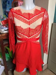 SALE! Red dress 😍 (FREE SF WITHIN MM)