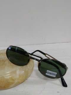 OutNet - 全新 Made in Italy Teen 女裝 Sunglasses 買太陽眼鏡 加送鏡框