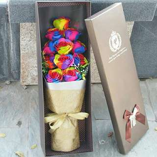 *FREE DELIVERY to WM only / Ready stock* 11pcs rainbow colors soap flower each as shown in design/color. Free delivery is applied for this item.