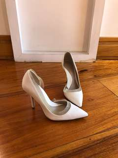 Zara White pumps